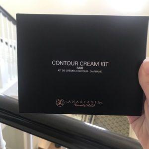 ABH Contour Cream kit in Fair